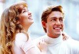 """Pagrindiniai serialo """"Apkabink mane"""" aktoriai stebina pokyčiais: įvertinkite šią gražią porą"""