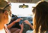 Kad atostogos neapkarstų: kaip saugoti ir gelbėti telefoną vasarą