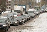 Vilniuje pasipylė avarijos, kemšasi pagrindinės miesto gatvės