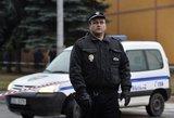 Per ginkluotą užpuolimą Čekijos banke paimti aštuoni įkaitai
