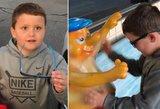 Privers apsiašaroti: nuoširdi berniuko reakcija, pirmą kartą gyvenime pamačius spalvas