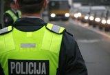 Su nelegalių rūkalų prekyba kovojantiems policininkams išmokėta 4,6 tūkst. eurų premijų