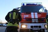 Vilniaus rajone atvira liepsna dega pirtis