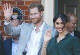 Princas Harry bučiavo kitą moterį: visų nuostabai, M. Markle tai leido