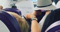 Lėktuvo keleivės elgesys kaip reikiant įsiutino