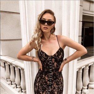 Tokios Young dar nematėte: seksuali suknelė sulaukė daugybės gerbėjų pagyrų