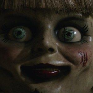 Demoniškoji lėlė Anabelė grįžta: siaubo filmų gerbėjams paruošė naujų išbandymų