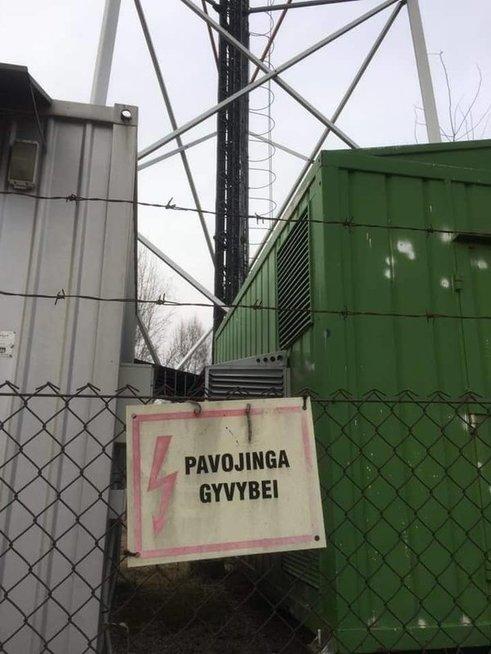Tarandės gyventojai pasipiktinę statomu ryšių bokštu (nuotr. skaitytojo)