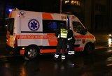 Kaune jaunuoliai užpuolė eismo įvykį fotografavusį vyrą