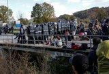 Europa perspėjama: tūkstančiai bando prasiveržti į Vakarus