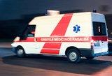 Šalčininkų rajone automobilis pervažiavo prie namų gulėjusį vyrą