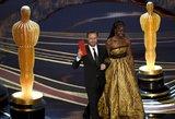 """Pasaulį sudrebinusi iškilminga """"Oskarų"""" ceremonija atskleidė geriausiųjų vardus"""