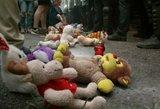 Paslaptingai dingo ginklas, kuriuo policininkai nušovė vaiką – ukrainiečiai kaltina valdžią