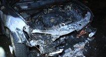 Sudegė automobilis (nuotr. Broniaus Jablonsko)