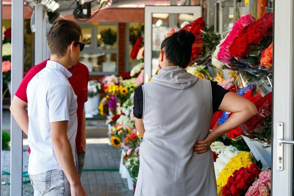 Konarskio gėlių turgus (nuotr. Tv3.lt/Ruslano Kondratjevo)