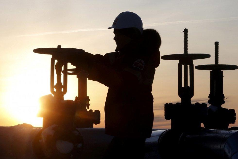 Baltarusija atšaukė naftos produktų eksporto draudimą. (nuotr. SCANPIX)