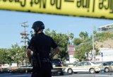 Kruvina įkaitų drama: viena moteris nušauta, dėl antrosios gyvybės kovoja medikai