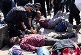 Londone – masiškai suiimami žmonės