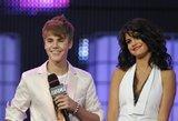 Krizę išgyvenantis Bieberis pripažino: vis dar myli savo buvusią merginą