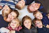 Vaikus globojančios šeimos didesnės paramos sulauks tik nuo 2017-ųjų