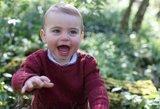Sunku atitraukti akis: princas Louisas švenčia pirmąjį gimtadienį
