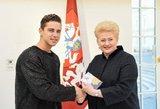 Atlikėjas Donatas Montvydas pakvietė prezidentę į savo koncertą