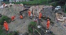 Žemės drebėjimas Kinijoje (nuotr. Scanpix)