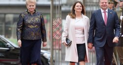 Įvertino viešnių aprangą inauguracijos metu: vienai porai – kritikos lavina