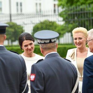 Gitanas Nausėda su žmona Diana išvyko į Lenkiją