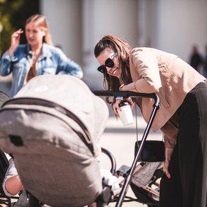 Tinklaraštininkė Inga Žuolytė subūrė mamas su mažyliais į ekskursiją po Vilniaus senamiestį