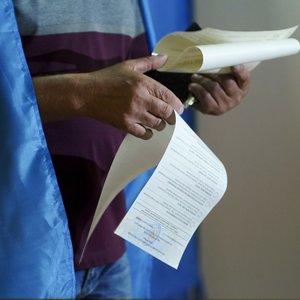 Ukrainoje vyksta parlamento rinkimai
