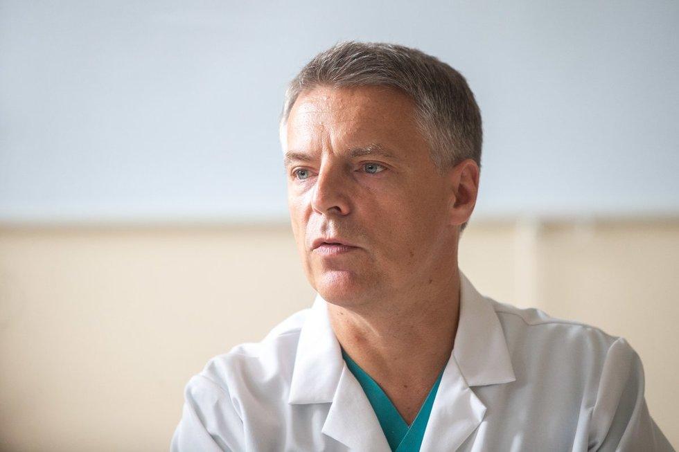 VUL Santaros klinikų Nefrologijos centro direktorius prof. Marius Miglinas  (nuotr. fotodiena/Justino Auškelio)