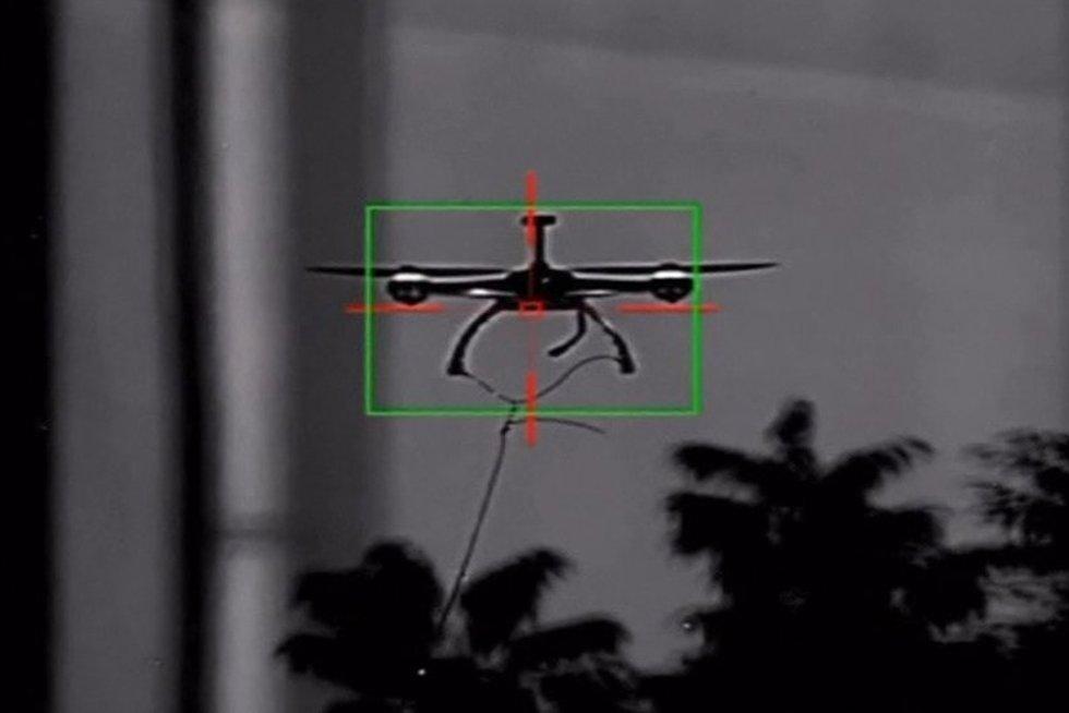 Sekamas dronas (nuotr. TV3)