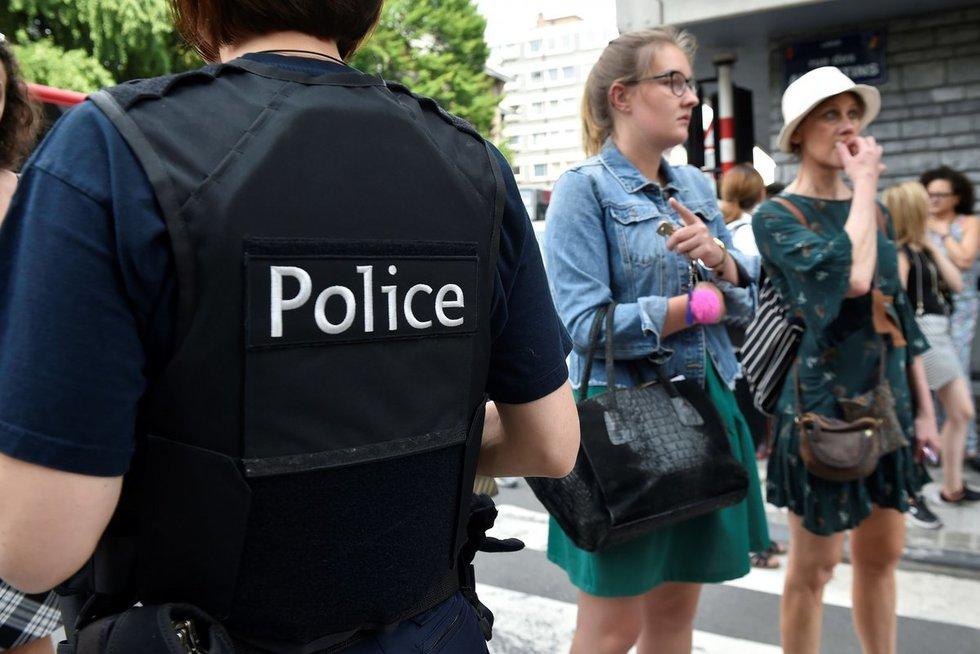 Belgijos kovos su terorizmu policija areštavo terorizmu įtariamą vyrą (nuotr. SCANPIX)