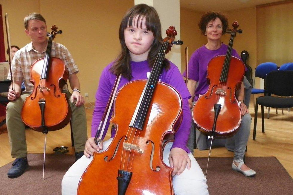 Gunda Venckutė pati pasirinko violončelę. (nuotr. asm. archyvo)