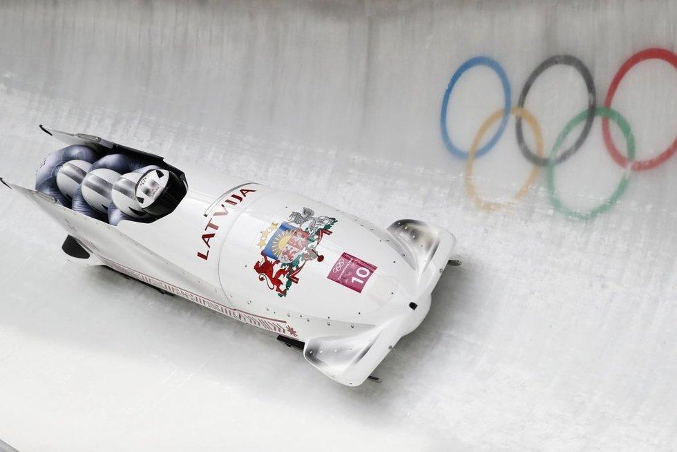 Latvijos bobslėjaus rinktinė (nuotr. SCANPIX)