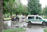 Kaune vyras nusišovė važiuodamas automobiliu