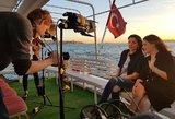 Filmavimuose Stambule dalyvavusioms R. Šakalytei ir K. Rimienei buvo skirtas privatus laivas