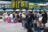 Emigrantai laukia sulaikę kvėpavimą: deryboms dėl britų pasitraukimo iš ES duotas mėnuo