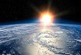 NASA atsisakė plano pirmąkart į kosmosą leisti 2 moteris