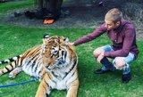 Justinas Bieberis kaltinamas žiauriu elgesiu su gyvūnais