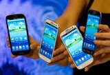 """""""Samsung"""" pradeda nesisekti išmaniųjų telefonų rinkoje"""