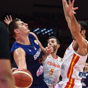 Krepšinio desertas: ar antausį gavę serbai sugebės atsitiesti prieš Argentiną?