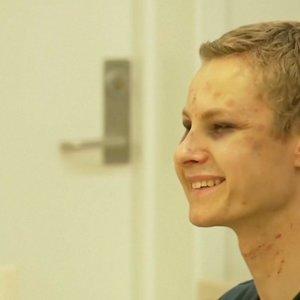 Šiurpus teismas: teroro išpuolį surengęs norvegas salėje negalėjo nulaikyti šypsenos