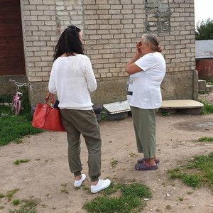 Šeimos drama Suvalkijoje: siaubingai apdegusio vaiko močiutė prabilo apie tragišką įvykį