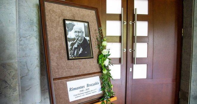 Atsisveikinimas su R.Brazaičiu