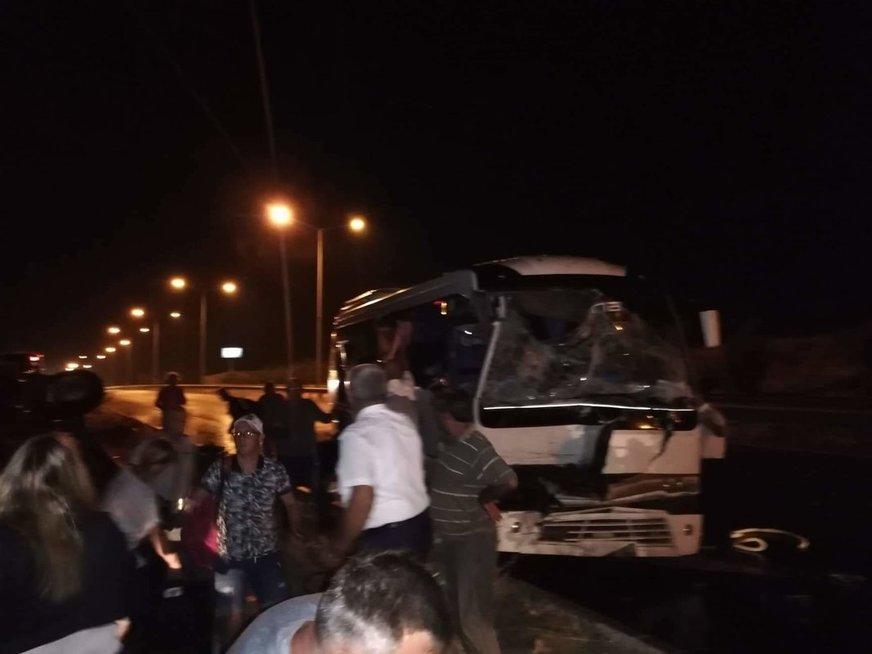 Lietuviai pateko į kraupią avariją Turkijoje – vairuotojas užmigo prie vairo (nuotr. skaitytojo)