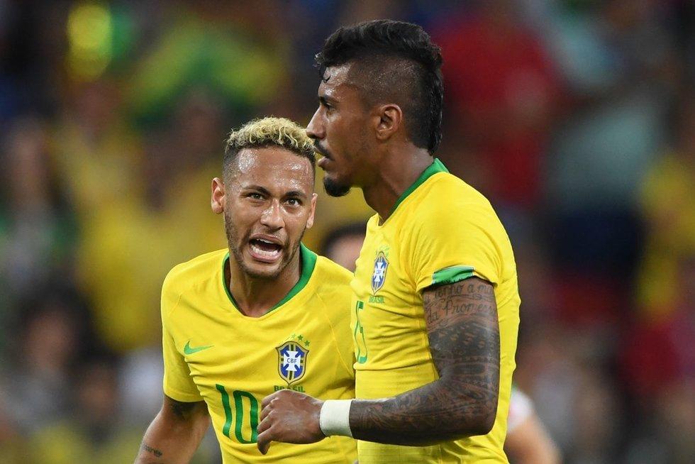 Paulinho šiuo metu vilki Brazilijos rinktinės marškinėlius (nuotr. SCANPIX)
