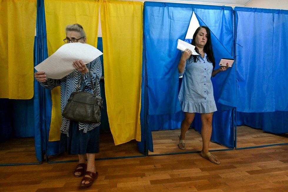 Ukrainoje vyksta parlamento rinkimai (nuotr. SCANPIX)