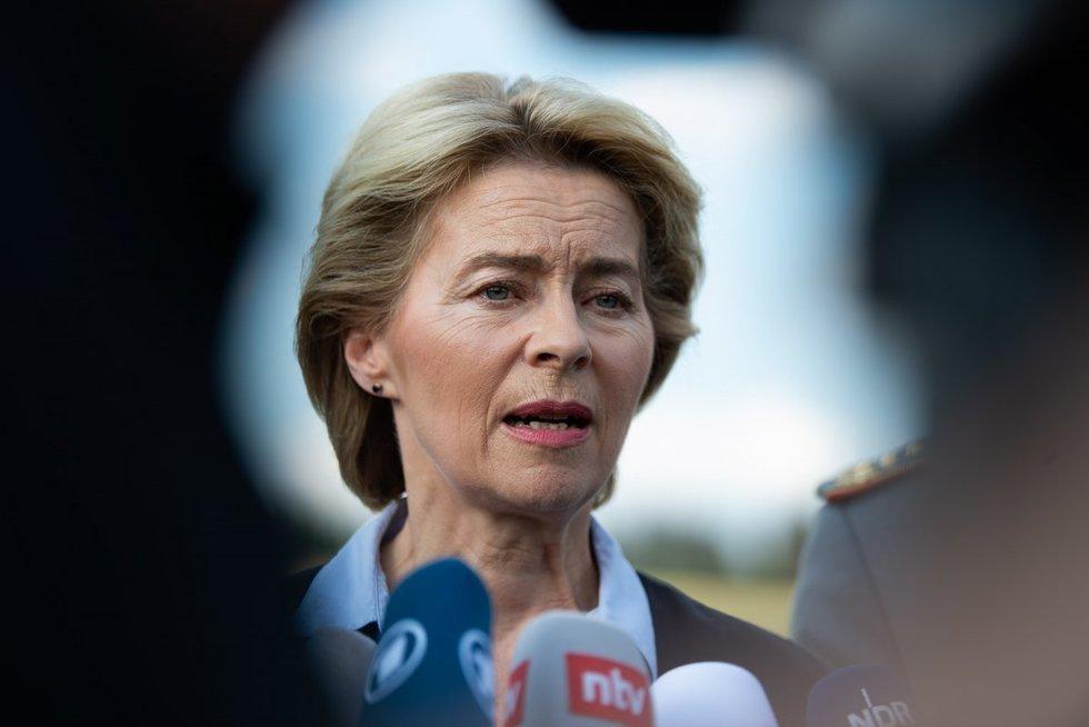 Favorite į Europos Vadovų Tarybos vadovo postą laikoma Vokietijos gynybos ministrė Ursula von der Leyen. (nuotr. SCANPIX)